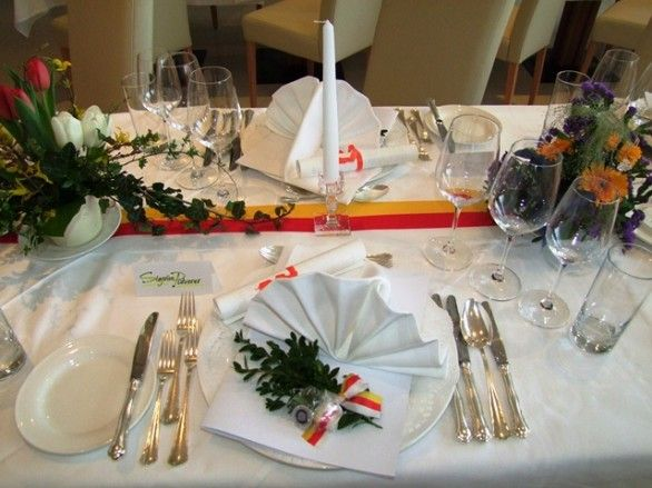 Tischdekoration Kärntner Abend - herrliche österreichisch-kärntner Genüsse wurden serviert. Hier ein kleiner Rückblick http://www.loystubn.at/blog/loystubn/karntner-abend-in-der-wachau-ein-ruckblick
