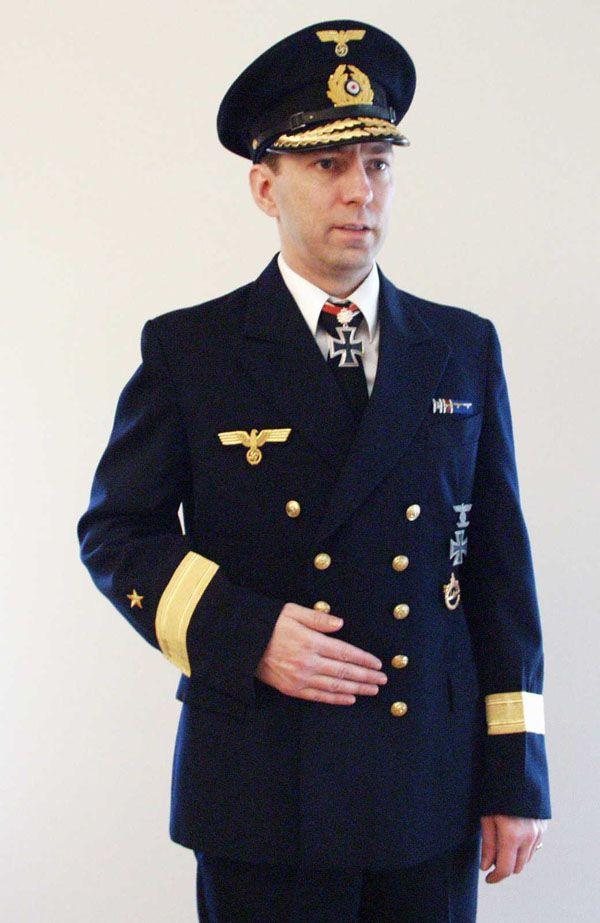 Kriegsmarine officers and admirals' everyday service uniform