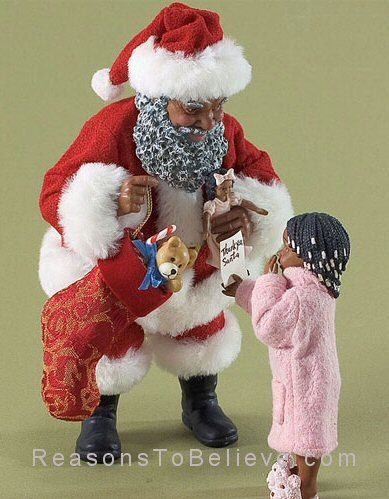 Thank You Santa Black Santa Accepting A Thank You Note From A Little Girl Dressed In Pink Pajamas Black Christmas Decorations Christmas Figurines Black Santa