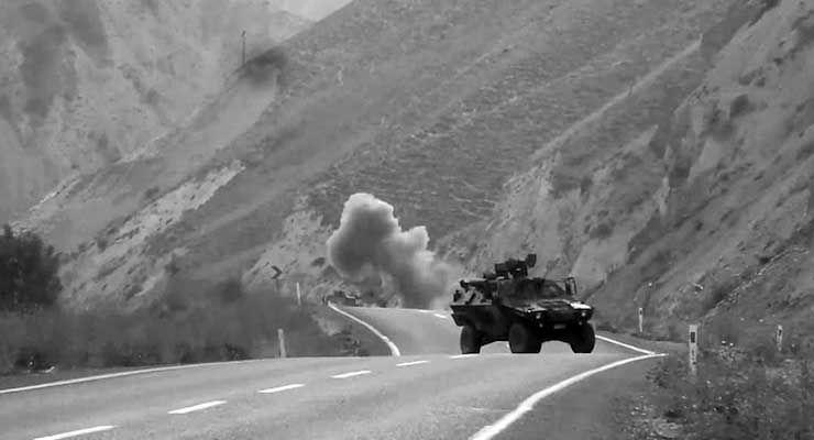 Nusaybin'de PKK'lılarla çatışma: Bir asker ve bir polis yaralandı