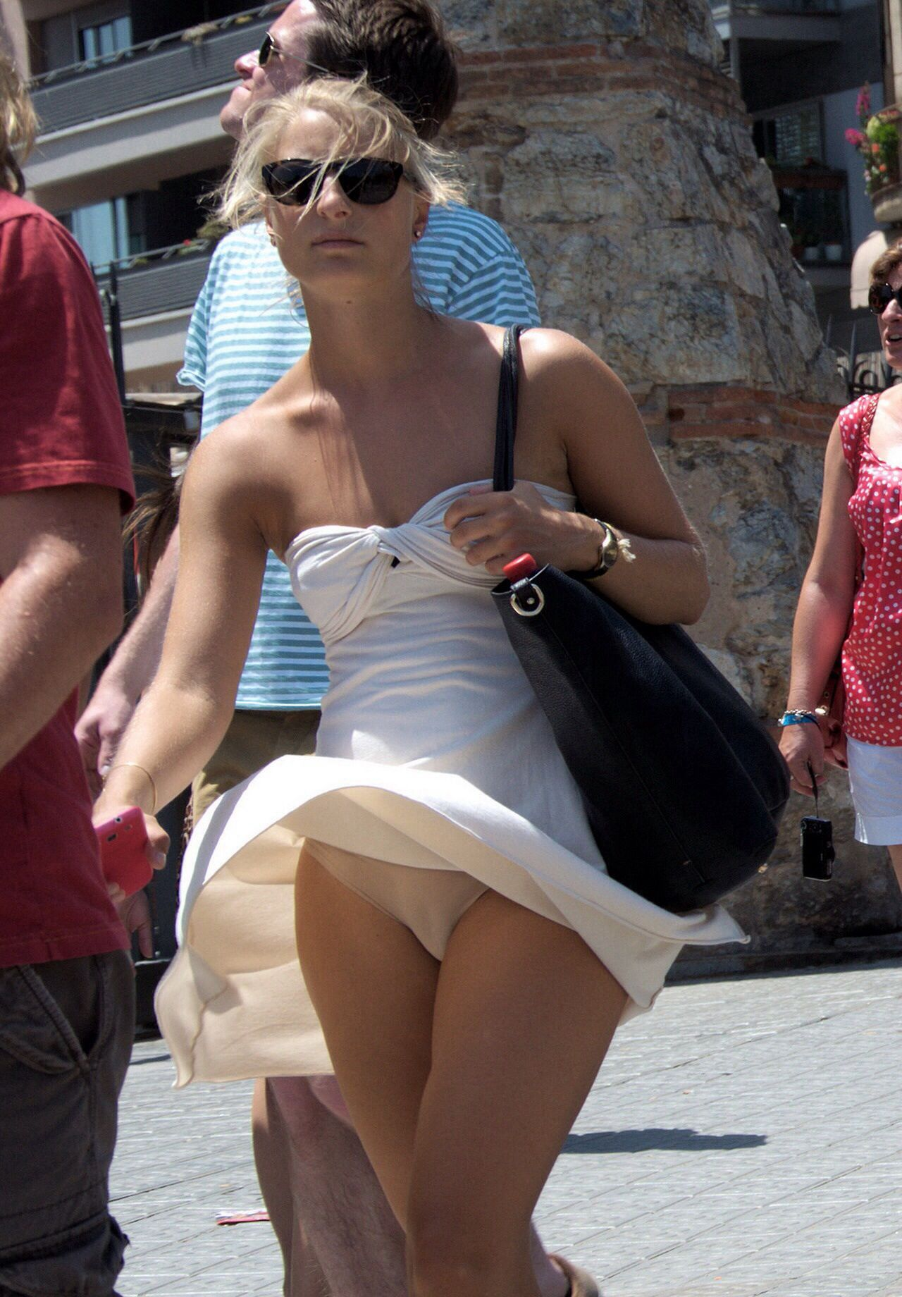 http://www.upskirt-pictures/ | wind blown | pinterest | camels