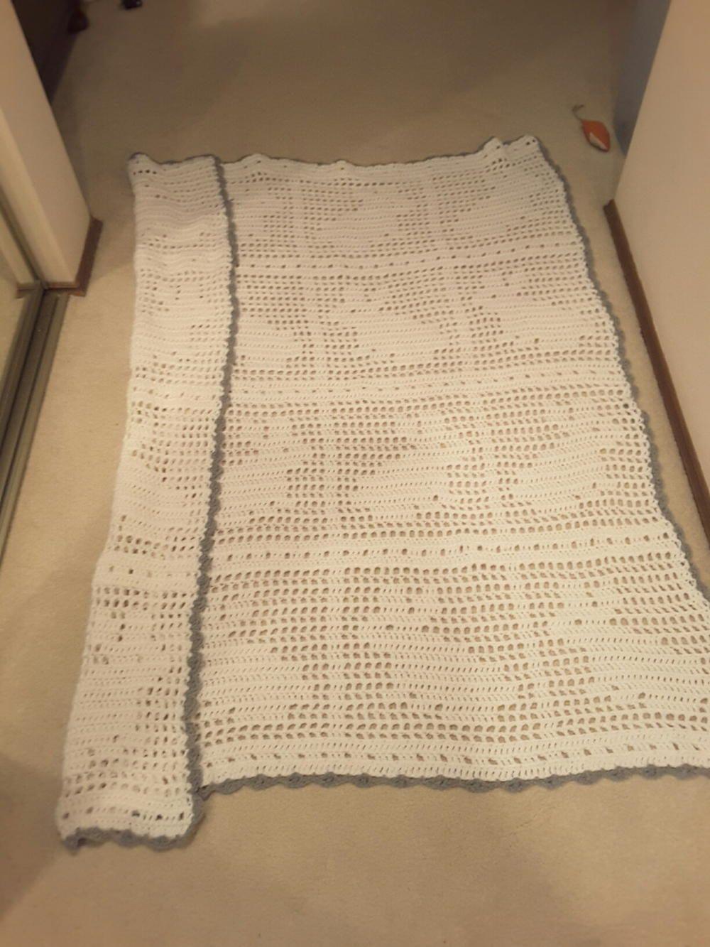 Crochet Filet Bunny Afghan | Manta, Bebé y Tejido