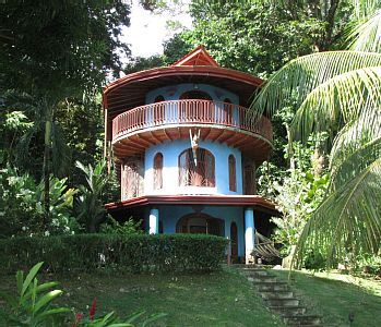 VRBO.com #3835149ha - Family Friendly Waterfall Home Just Minutes to All Beaches of Playa Dominical