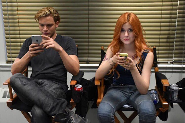 """EXCLUSIVE #BTS #Shadowhunters Episode 7  @DomSherwood @Kat_McNamara  #Clace  by Shadowhunterstv.com @TMI_Source  #Shadowhunters #CLACE #claryfray #jace…"""