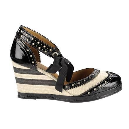 Anna Sui Wedges For Hush Puppies Kleding