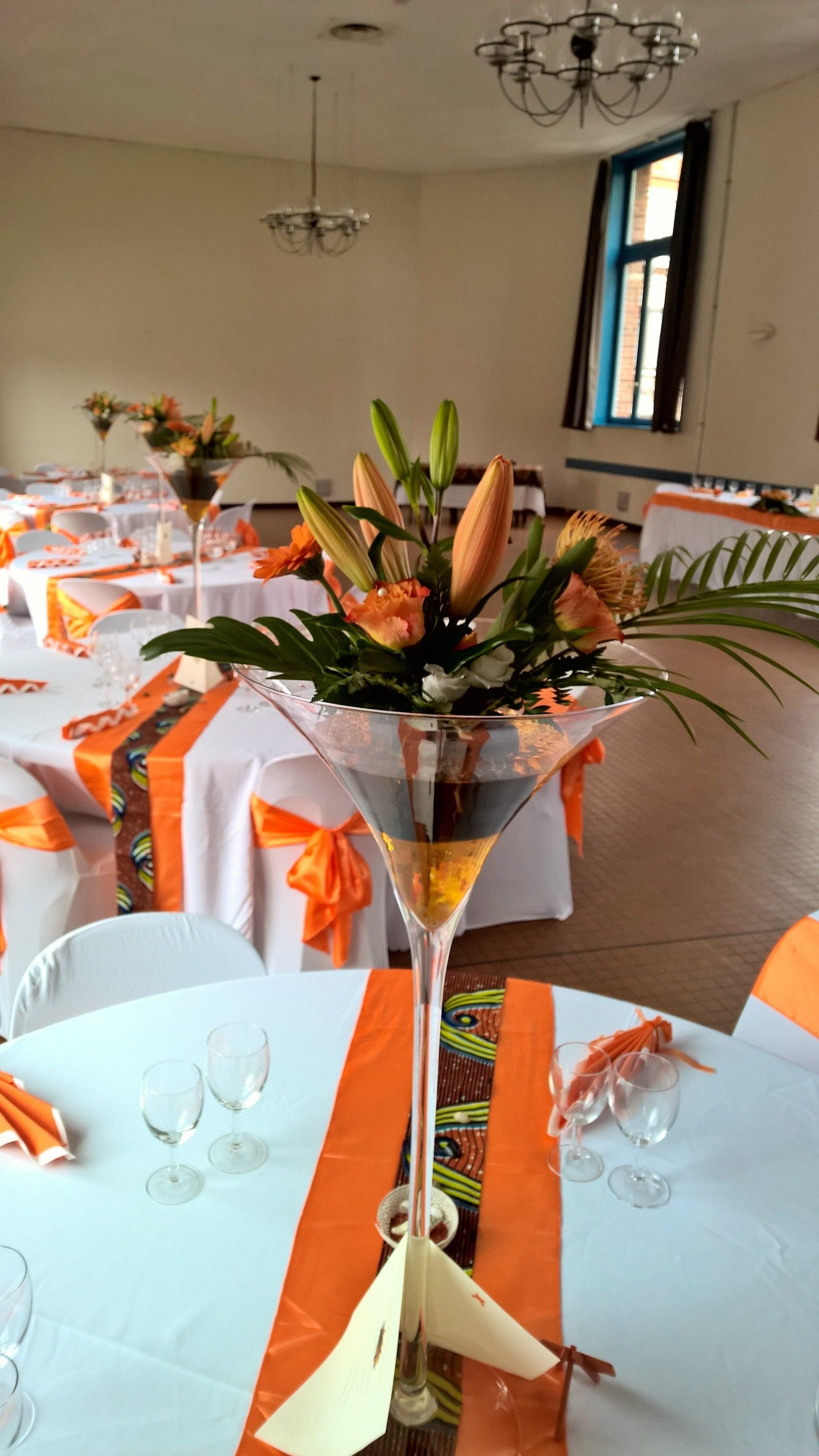 Nigerian traditional wedding decor ideas  Wedding tropical exotisme afro uoccidental thème  déco table