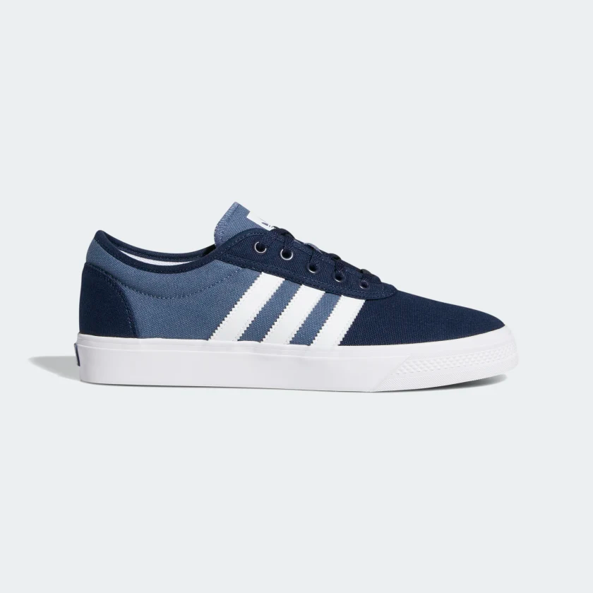 Humorístico práctica fútbol americano  Zapatilla Adiease Collegiate Navy / Cloud White / Tech Ink EE6116 en 2020 |  Zapatos, Zapatos de color azul, Zapatillas