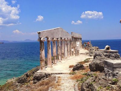 Fortune Island Batangas The Columns Parthenon Greece Of The Philippines Beautiful Places