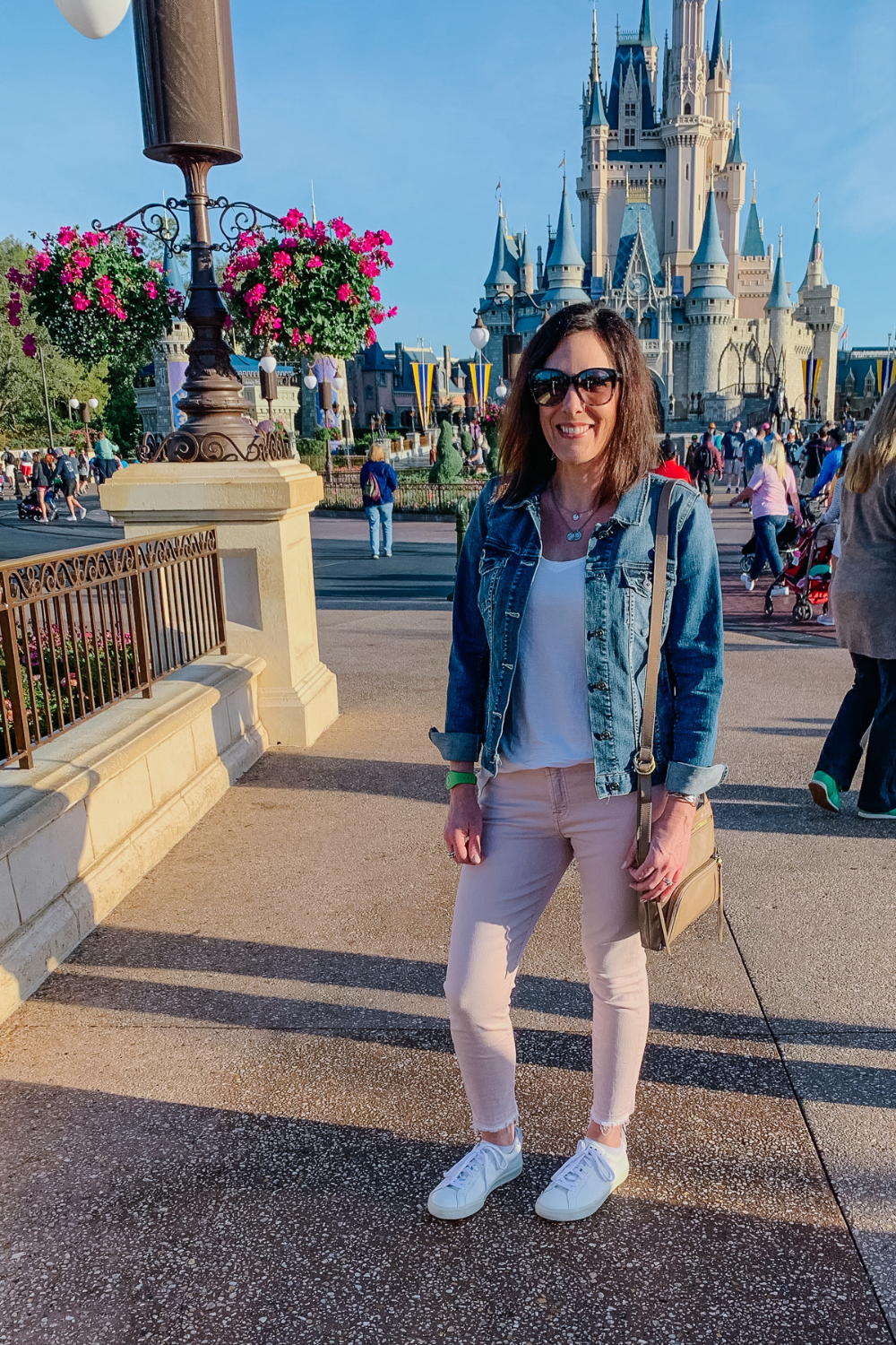 What I Packed for my Disney Vacation + My Travel Outfit