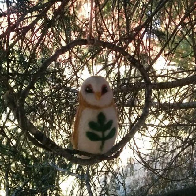 #owl #owlstagram #needlefelting #felting #felt #handcraft #fiberart #nature #naturelovers #inthewoods #pöllö #huovutus #neulahuovutus #luonto #metsä #metsässä