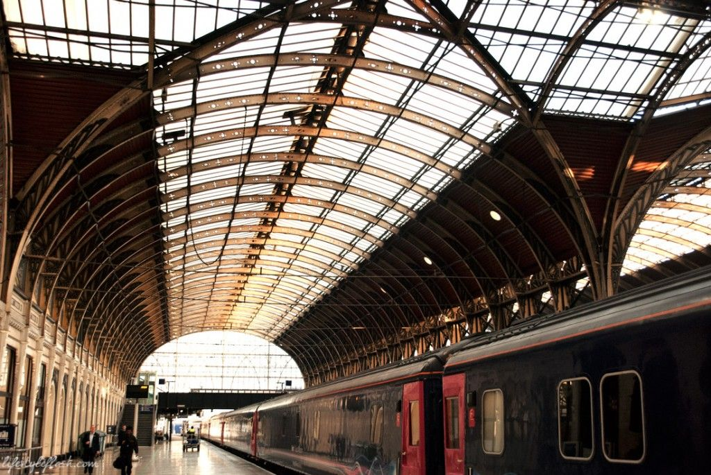 02cc61bae4d6fbaf339c116521ee4d72 - How Early Should I Get To The Train Station