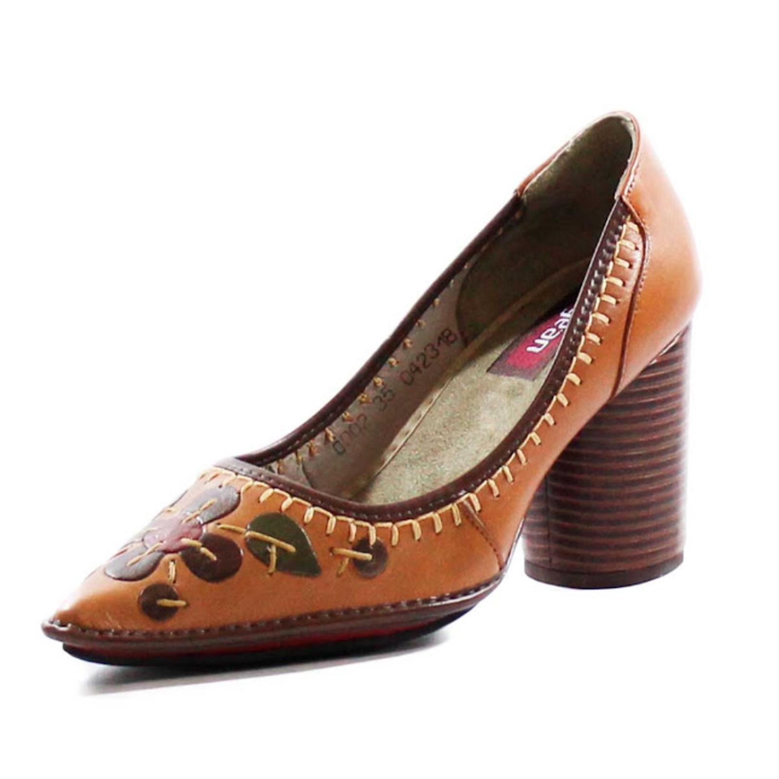 54ef99c4f Sapato Couro J. Gean Vintage Retrô Bordados Caramelo de 2019 ...