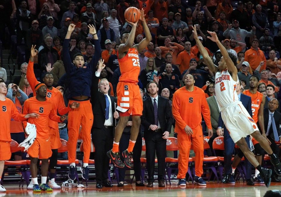 News Tyus Battle hits 3pointer at buzzer as Syracuse