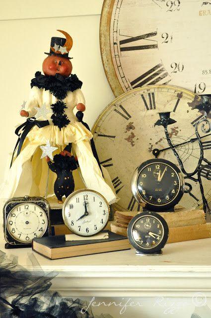 Spooky Halloween mantel.....Show your spooky decor....