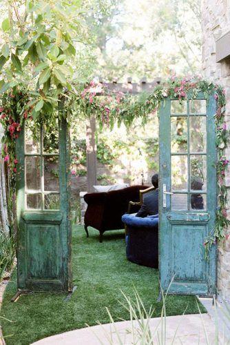 Photo of 30 Rustic Old Door Wedding Decoration Ideas   Wedding Forward