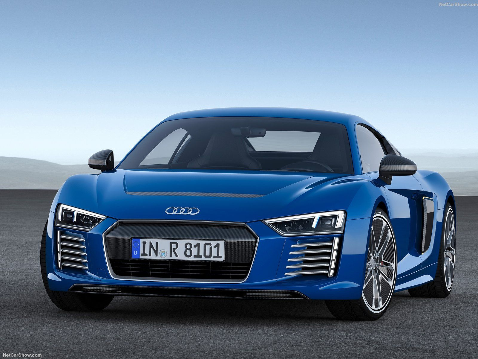 Audi hd car wallpapers and backgrounds download free audi hd widescreen car wallpapers and
