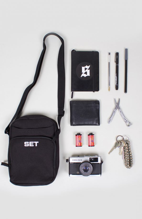 set passport bag