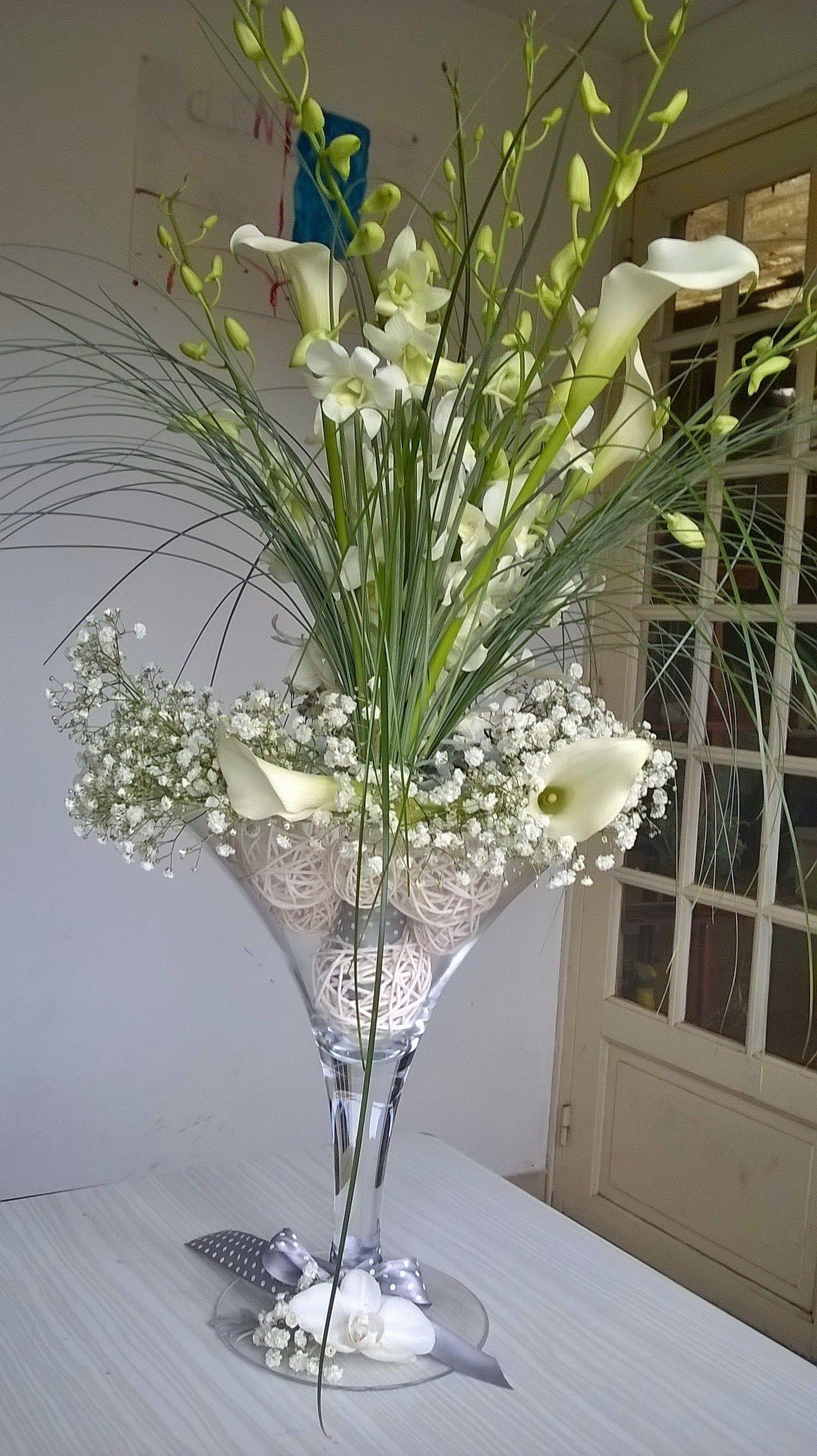 D coration de table dans un vase martini pour mariage - Decoration de vase pour mariage ...