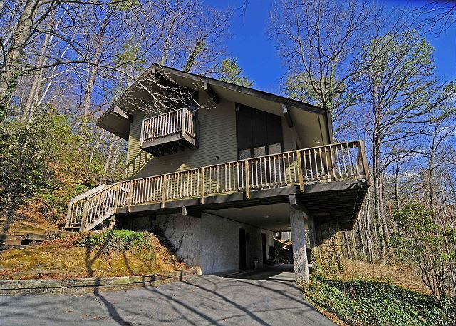 Charmant Gatlinburg Cabins | Gatlinburg Chalets | Gatlinburg Cabin Rentals