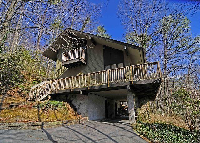 Charmant Gatlinburg Cabins | Gatlinburg Chalets | Gatlinburg Cabin Rentals