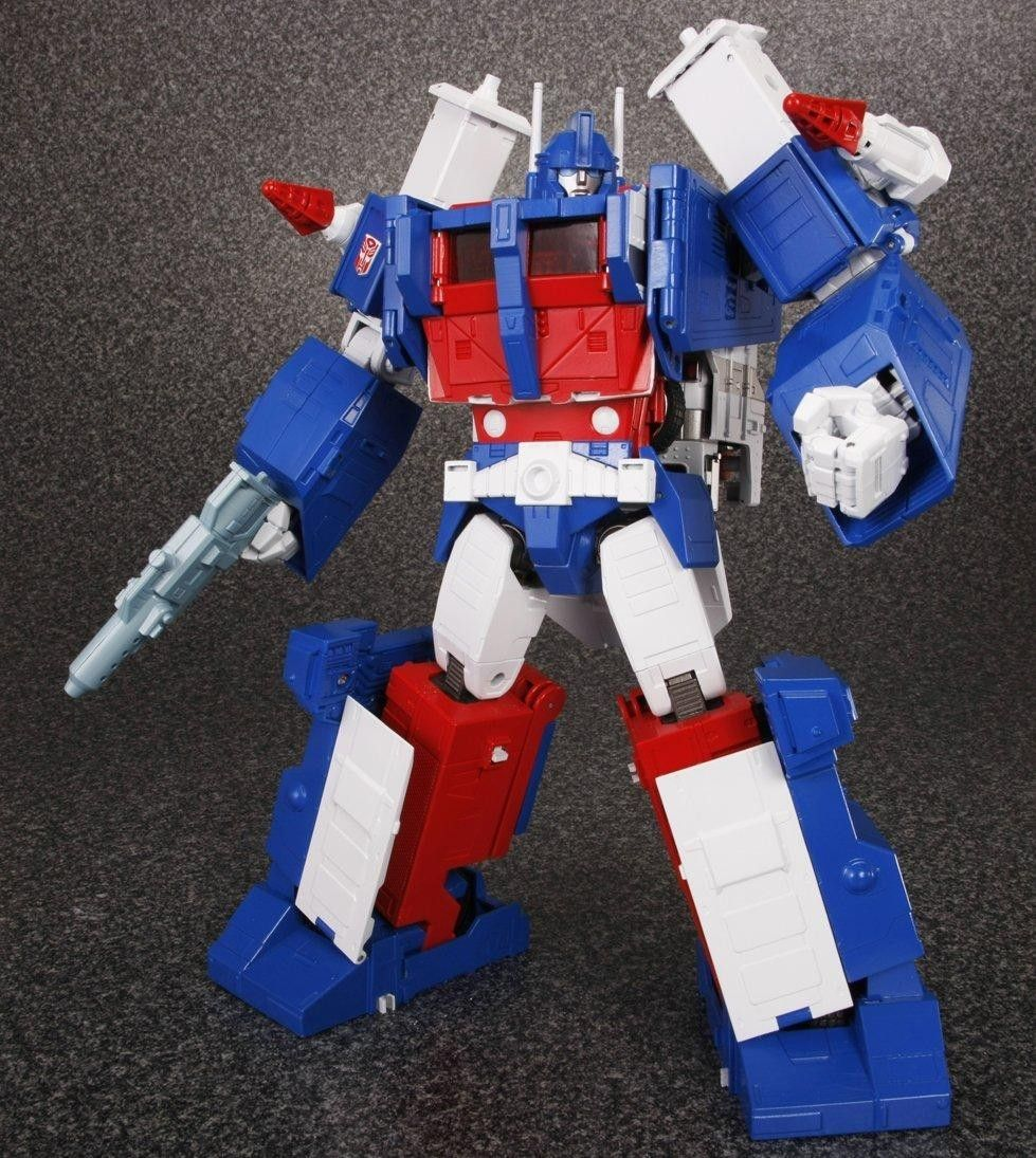 Transformers Takara Tomy Masterpiece MP-22 Ultra Magnus Action Figure in stock !