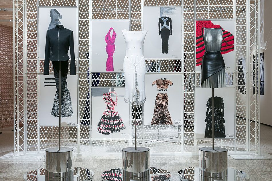 Azzedine Alaia Was A Couturier Who Thought Like A Sculptor Museum Fashion Design Museum Exibition Design