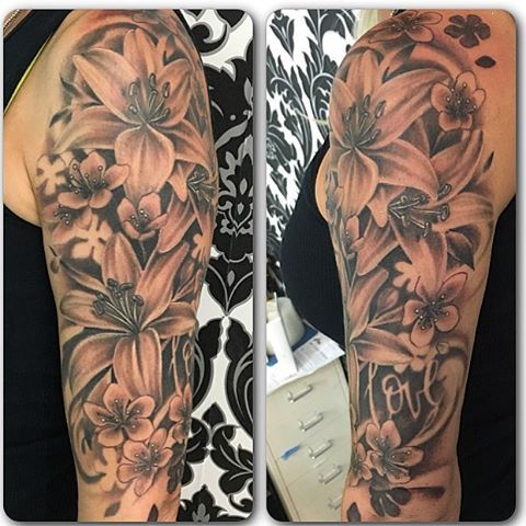 Lily Floral Tattoo Sarah Michelle Black Gold Tattoo Co Lily Tattoo Sleeve Floral Tattoo Lily Tattoo