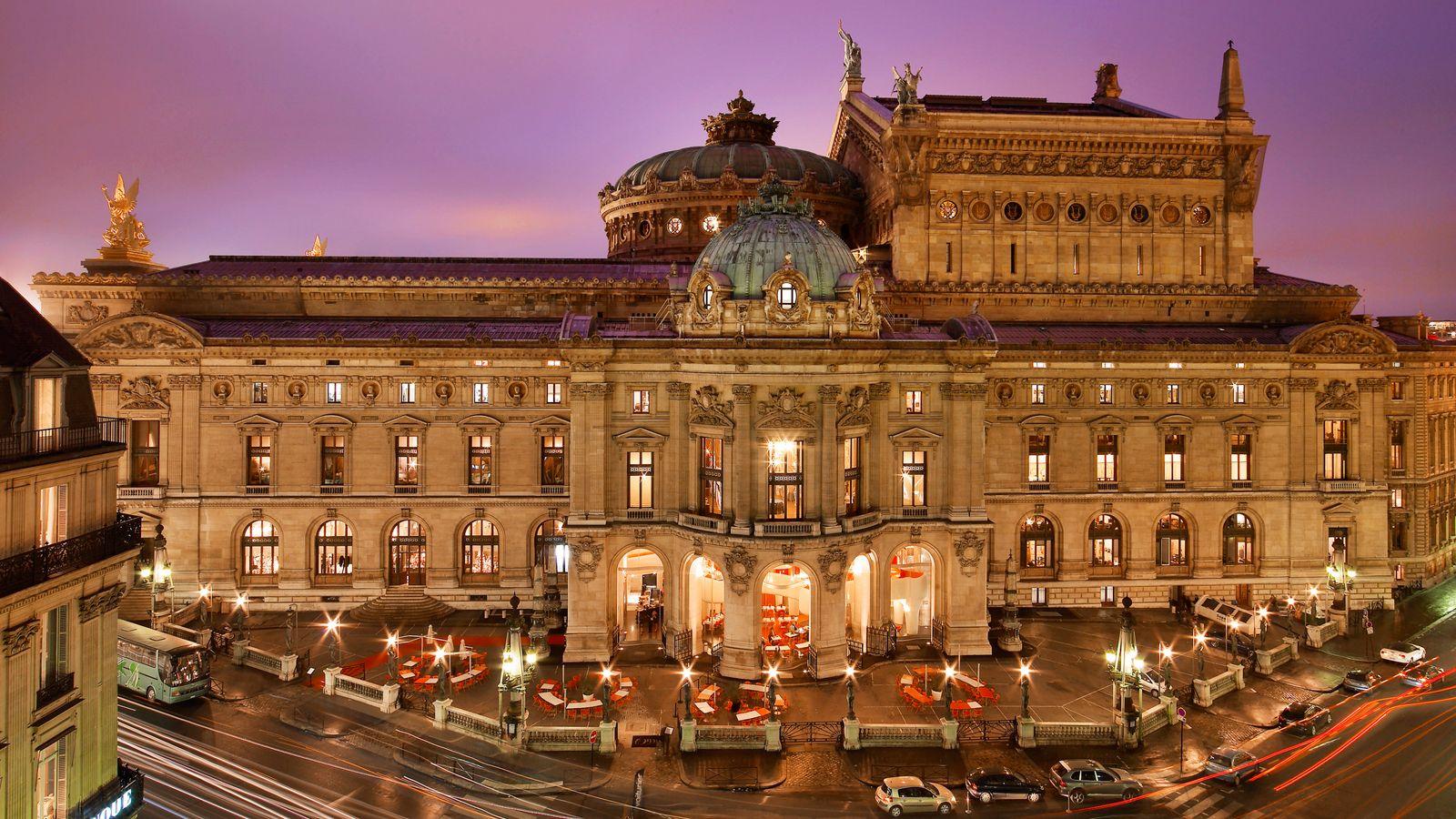 Paris france hotels paris opera the 1st w hotel in for Hotel im paris