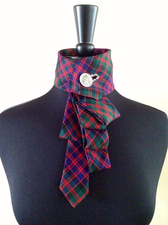 Karierte Krawatte Halskette ist so viel Spass! Perfekt für Ihren Urlaub-Look und ein Unikat.