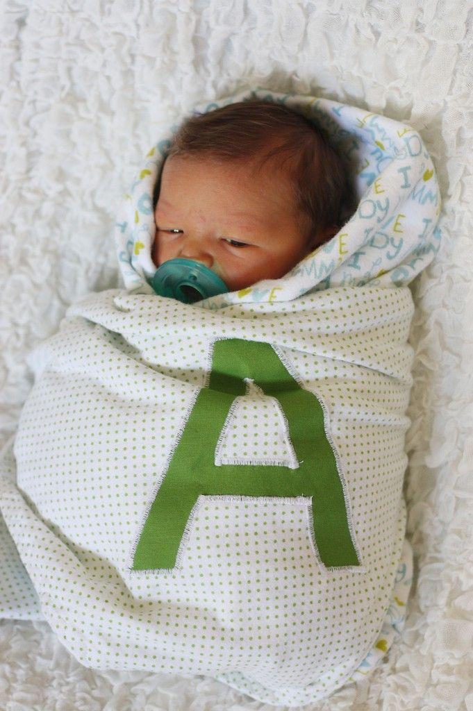 Easy monogram baby blanket tutorial