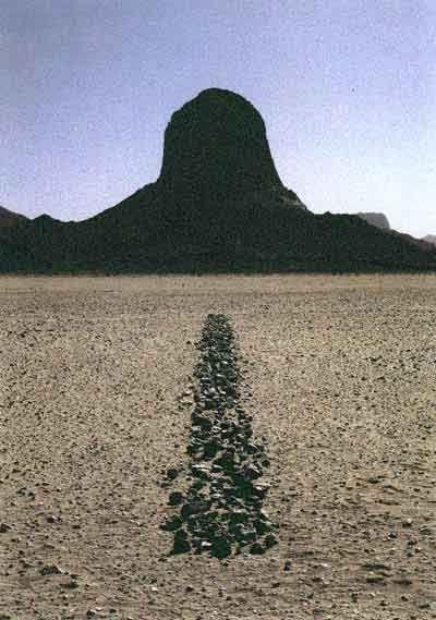 Richard Long - 'Sahara Line' (1988)