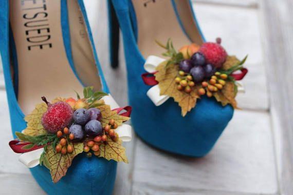 Autumn wedding shoe clips flower autumn accessories floral shoe autumn wedding shoe clips flower autumn accessories floral shoe clips bridal shoe decoration autumn bride bouquet junglespirit Choice Image