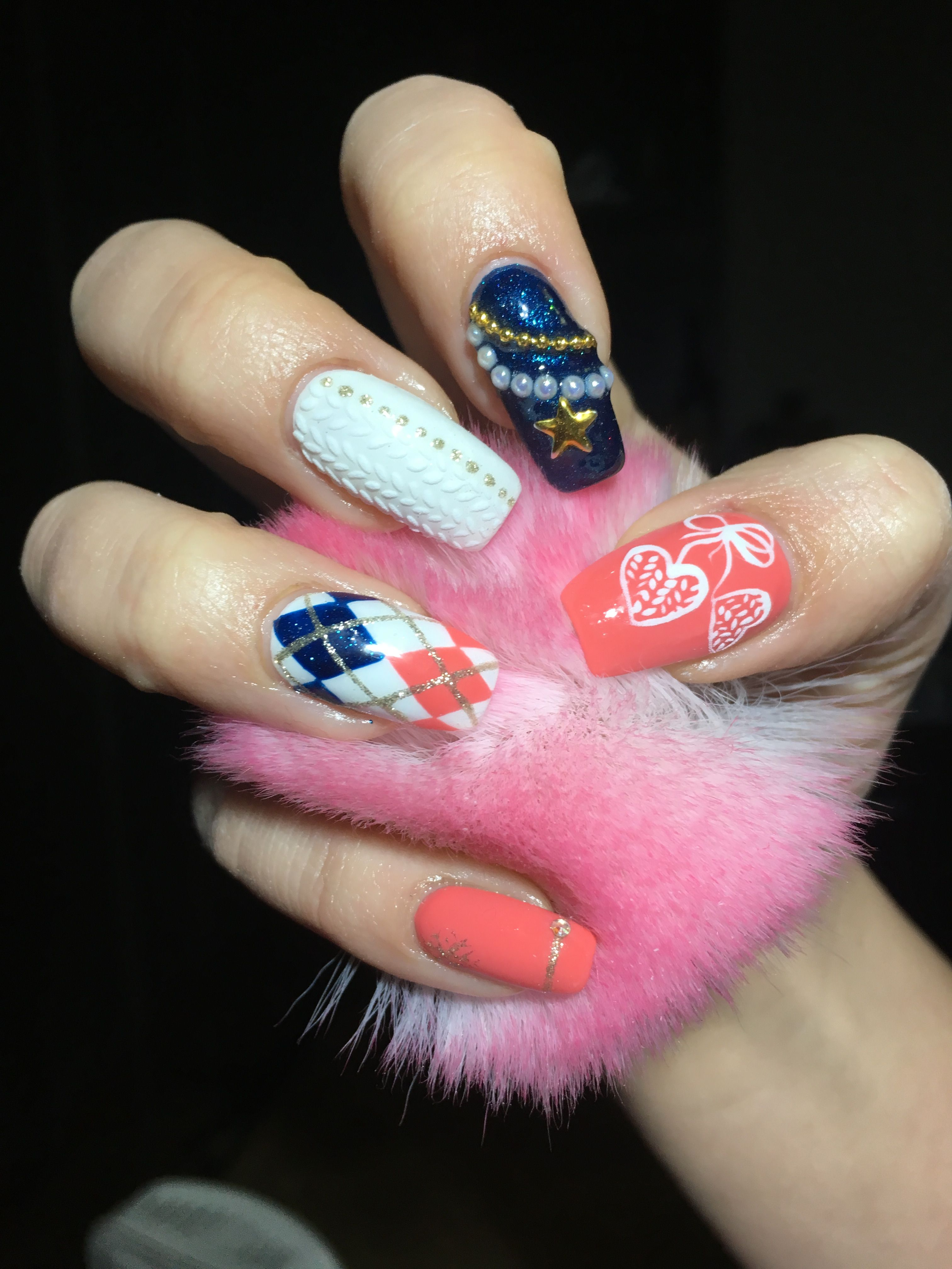 Knitt Nails Art