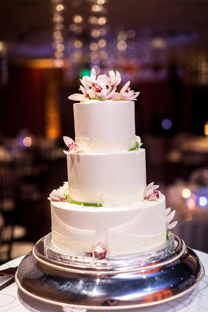 Wedding cakeso cute and simple! Cake designs, Cake