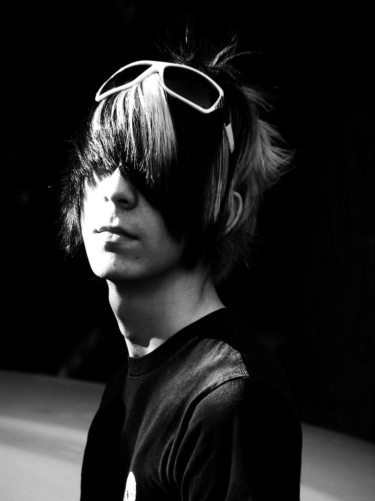 Cute emo boys wallpapers download latest emo imagesemo wallpapers