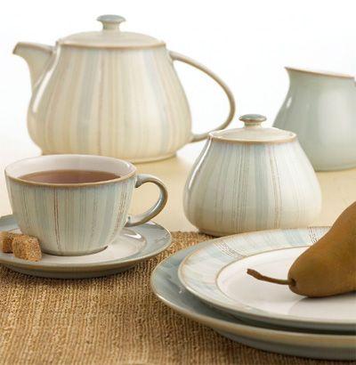 Denby  Mist  Dinnerware Collection - With a pale blue glaze and warm reddish-brown accent trim this charming dinnerware and dishes collection lends ... & Denby Mist Falls would love a set of this   Borðbúnaður og ...