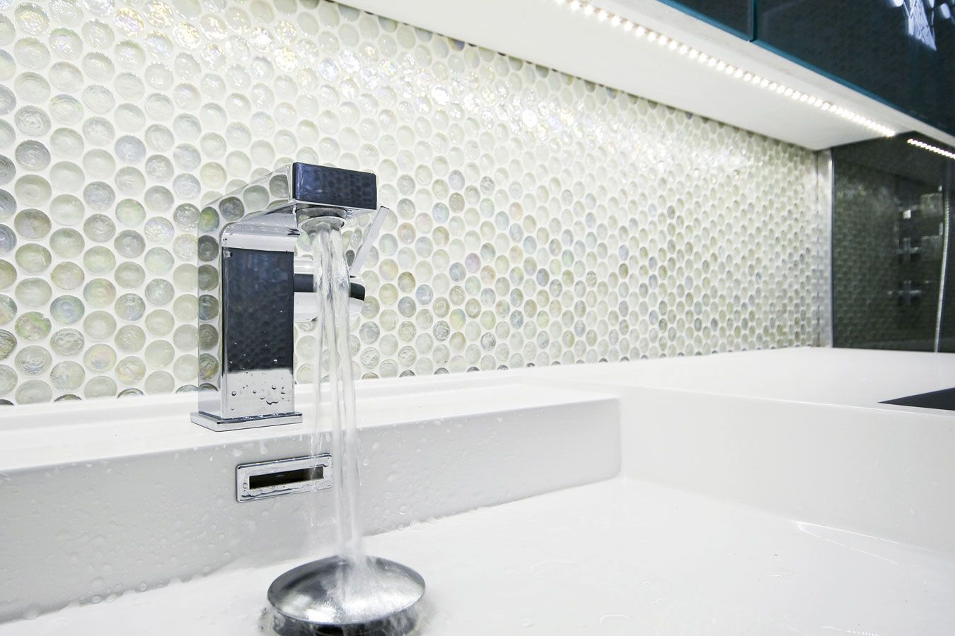 Glasmozaiek Voor Badkamer : Ronde glas mozaïek tegels badkamer bathroom badkamer