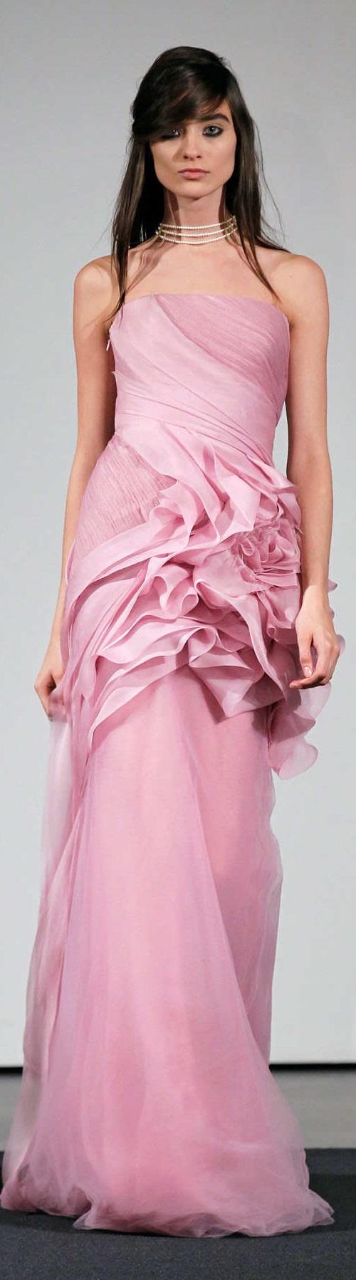 VERA WANG fall 2014 | La vie en rose | Pinterest | Color rosa ...