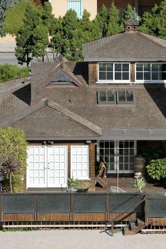 Amazingly Beautiful House House