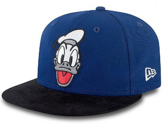 ebad5ef82f7ef Retro Donald Duck 9Fifty Snapback Cap by NEW ERA x DISNEY