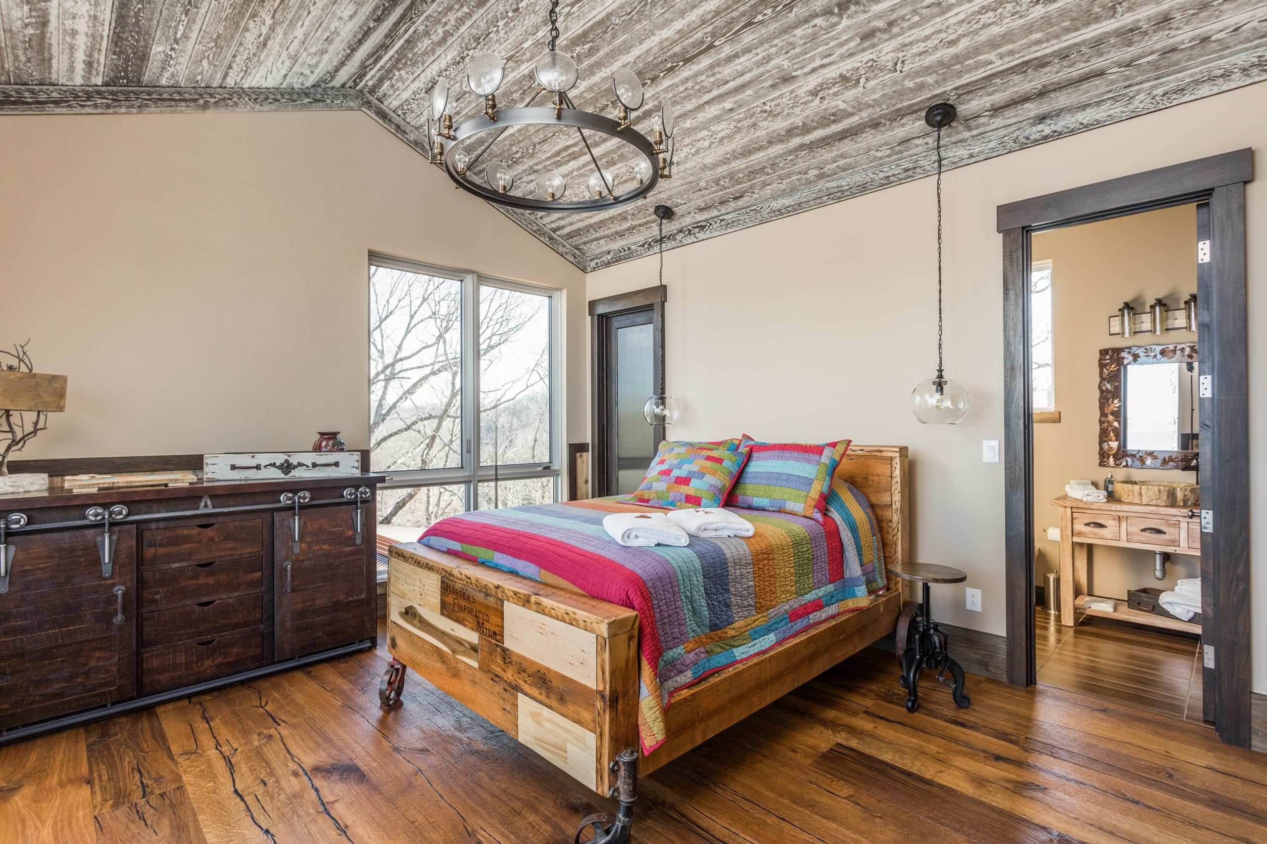 Hoosier Magnificence Luxury homes, Rustic contemporary