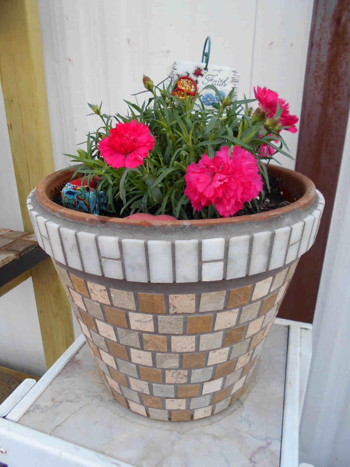 Tan White Tile Stone Mosaic Flower Pot Mosaic Flower Pots Mosaic Garden Art Mosaic Pots