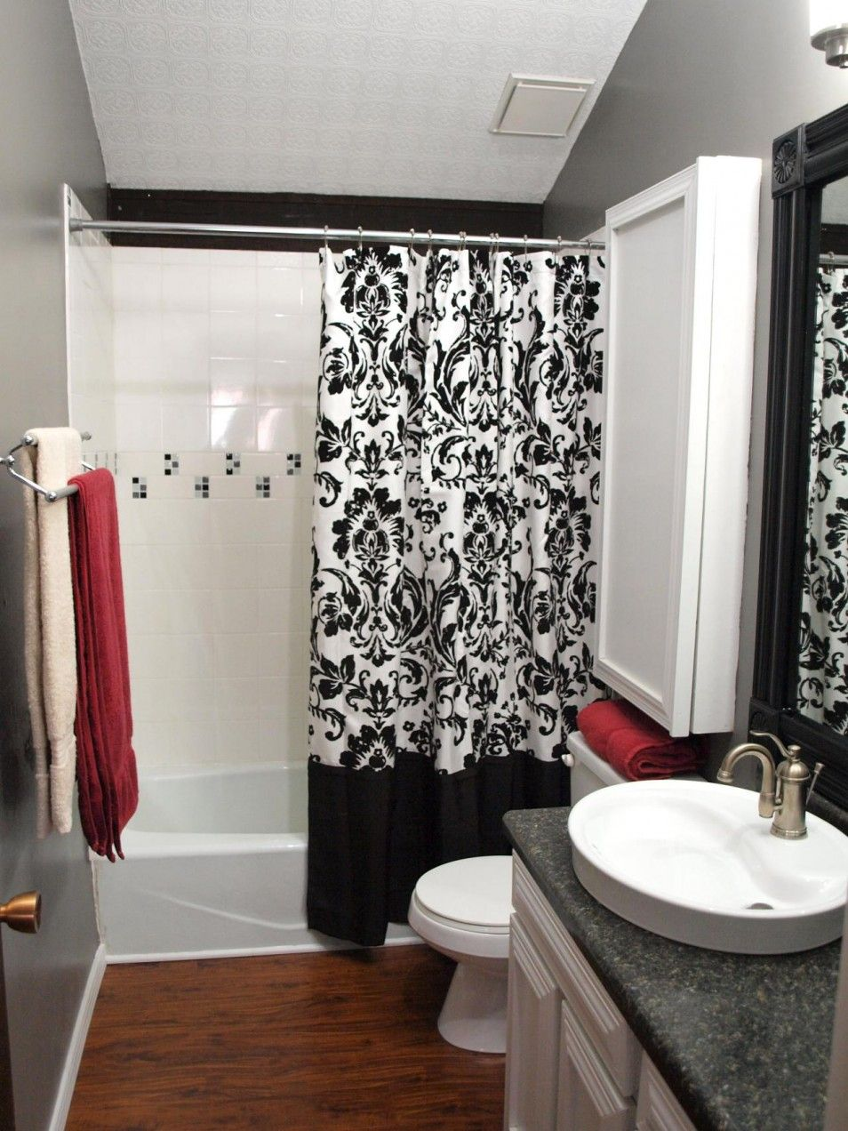 The Beauty Black And White Bathroom Decor Ideas With Modern Black