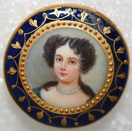 1850s French porcelain in metal button.