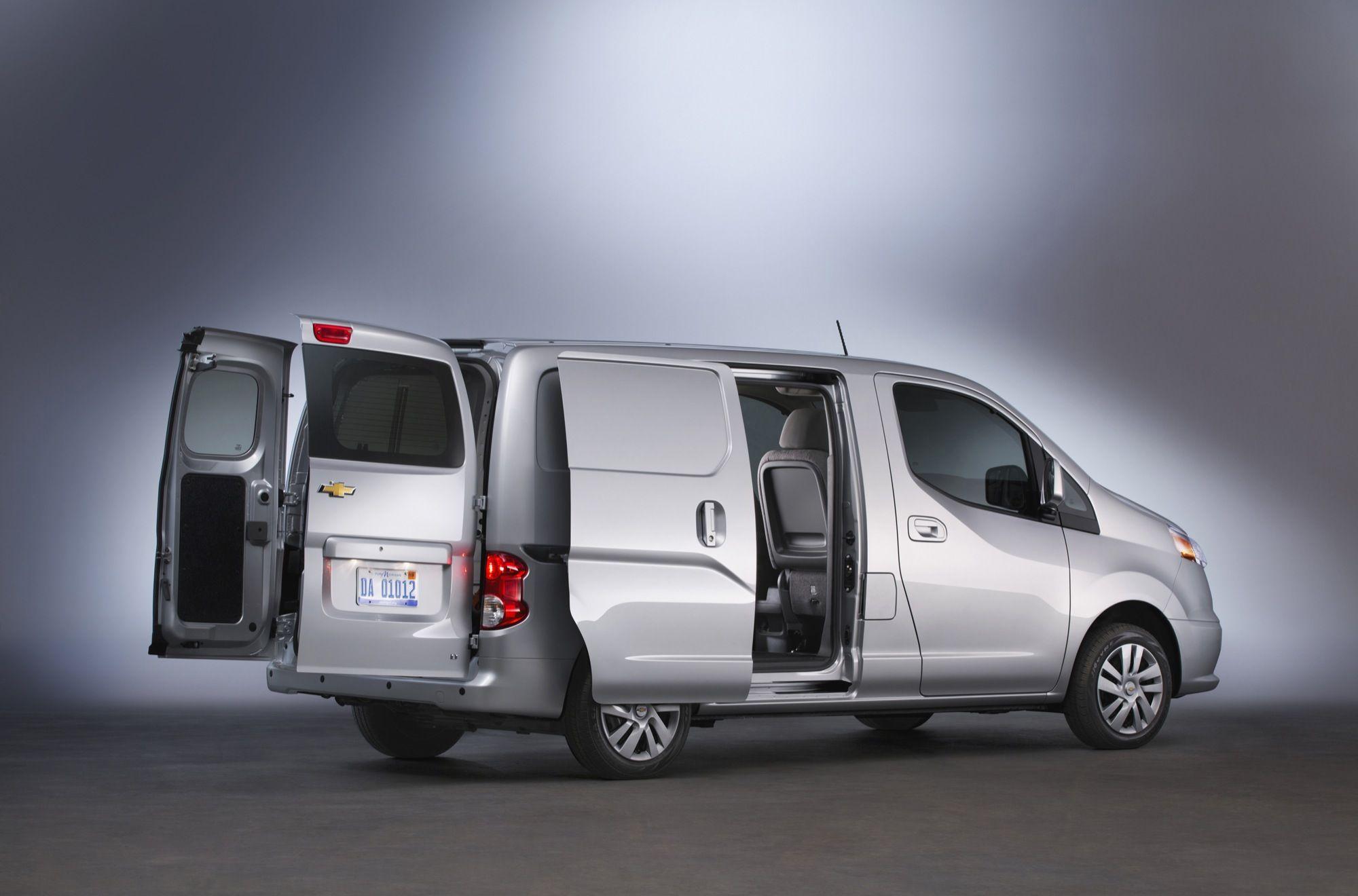 1000 ide tentang chevrolet minivan di pinterest peugeot bmw i3 dan mobil konsep