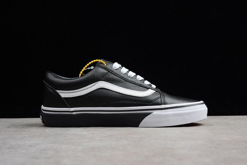 17f17a643a49 Vans   Off The Wall black and white VN0A38GIPJM men and women shoes 35-4412   Vans