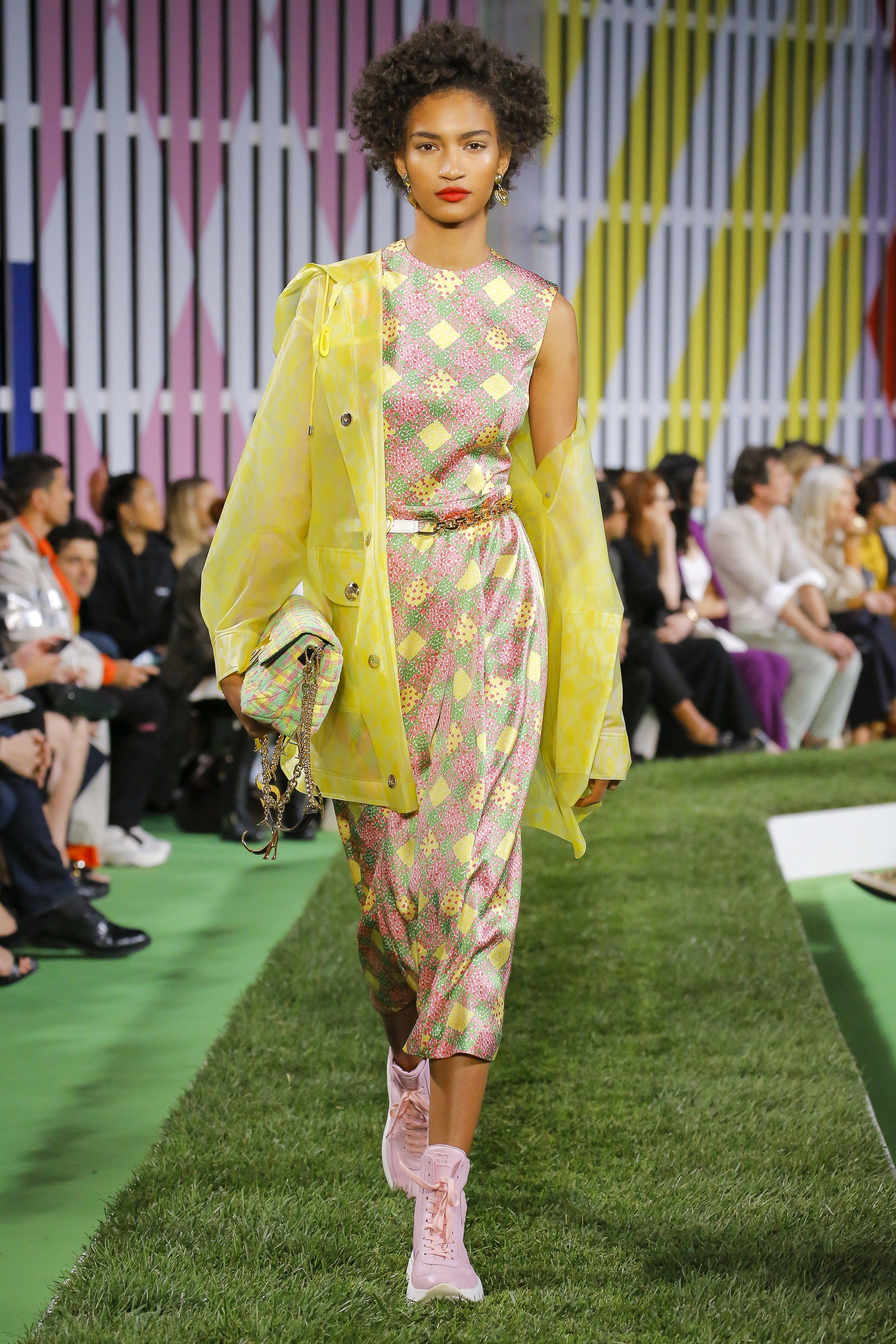 c8d621689aa Escada Spring 2019 Ready-to-Wear Collection - Vogue https   www