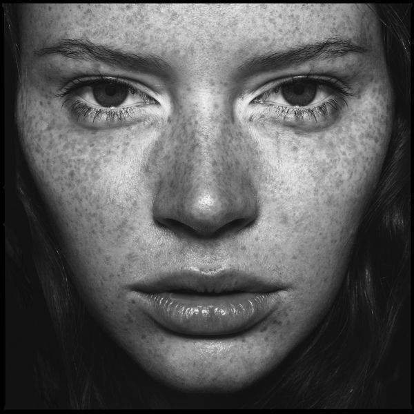 Square Faces by Carsten Witte