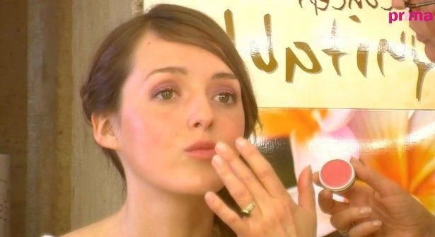 Vidéo : un maquillage de mariée naturel