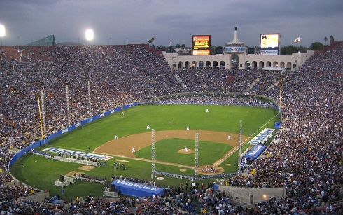 Los Angeles Coliseum History Photos And More Of The Los Angeles Dodgers Former Ballpark Dodgers Baseball Park Dodgers Baseball